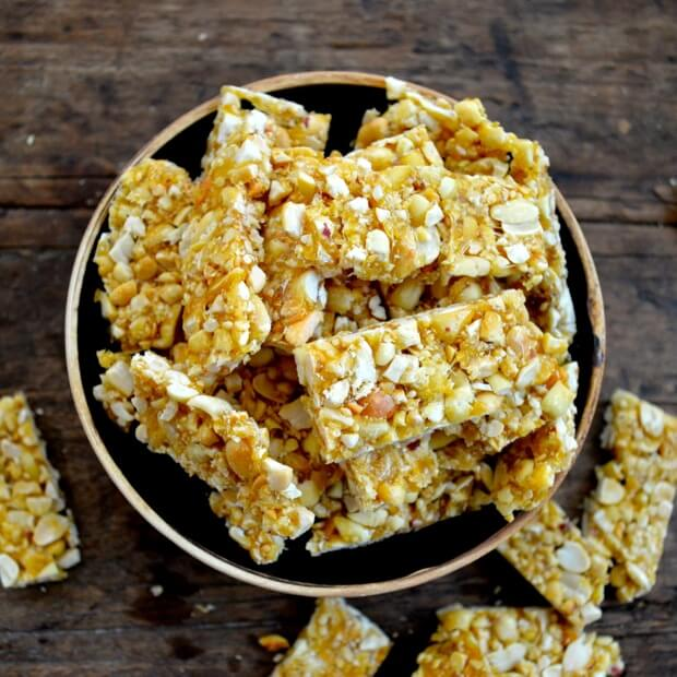 Chinese peanut brittle